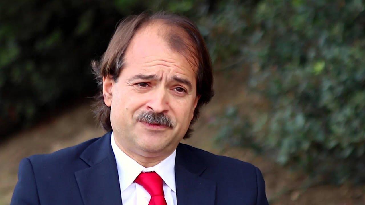 """John Ioannidis: """"Los errores forman parte del proceso científico"""""""